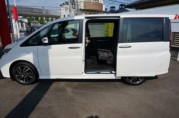 新型ステップワゴン画像003.jpg